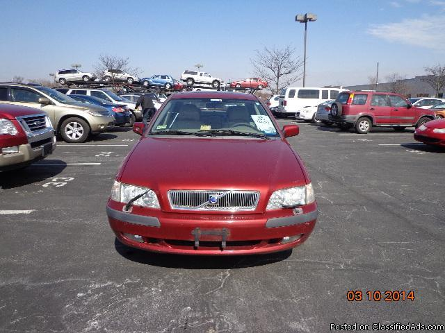 01 Volvo S40*120K*Runs Excllt*Sunroof*INSPECTED*Heated Seats*Very Clean Leather*Alarm*Remote*$3699
