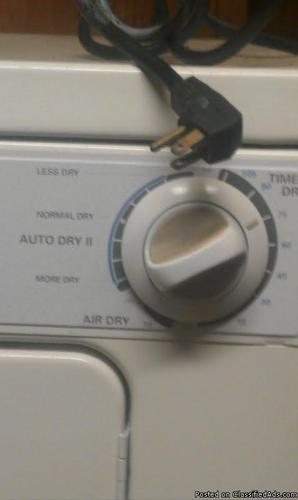 120 volt clothes dryer kenmore  uses normal 120 volt wall outlet