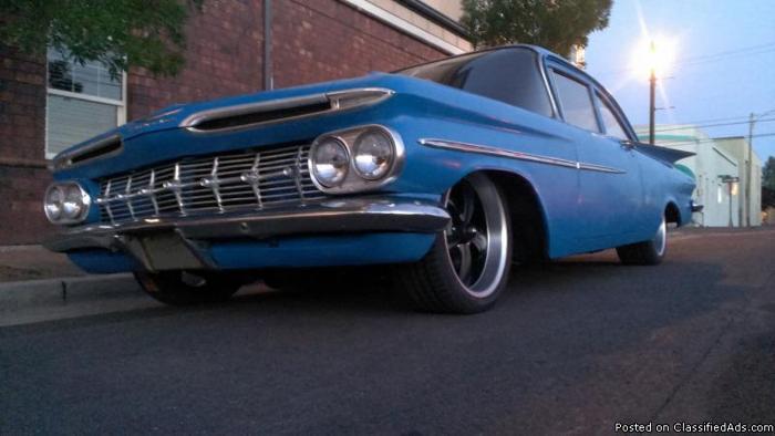 1959 2 DOOR CHEVY BISCAYNE V8 RARE LOWERED HOT ROD / RAT ROD (impala)