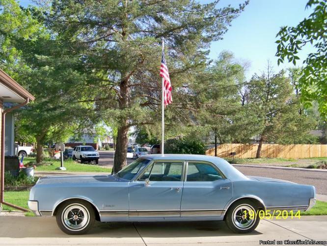 1965 Oldsmobile Delta 88 Completely restored