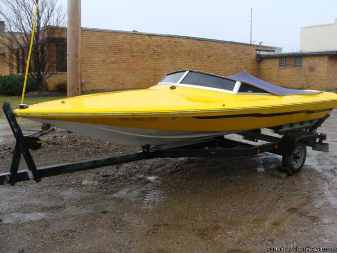 1978 16' Checkmate Speed Boat - Price: $1,500.00