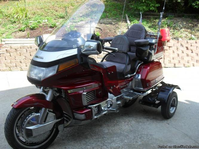 1992 Honda Goldwing 1500cc 124,606 very clean Converted to Training Kit