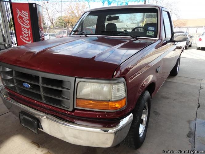 1993 Ford F150 XL-RED,Please call harry at :( 832-282-1653)......$1995.00
