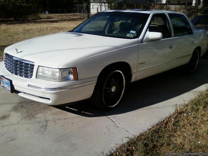 1998 Cadillac DeVille with Black Rims