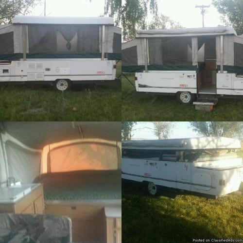 2000 Coleman Cheyenne Pop up camp trailer