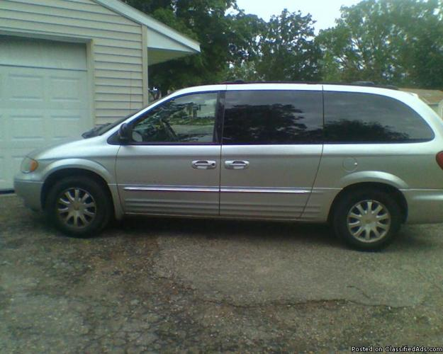 2001 Town&Country Lxi (new tranny) - Price: $4800obo