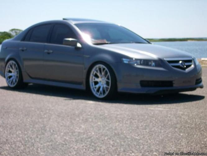 2004 Acura TL 5-Speed AT with Bluetooth and Satellite Radio, Mileage: 110,417
