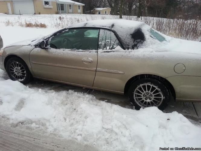 2004 Gold Chrysler Sebring Convertible