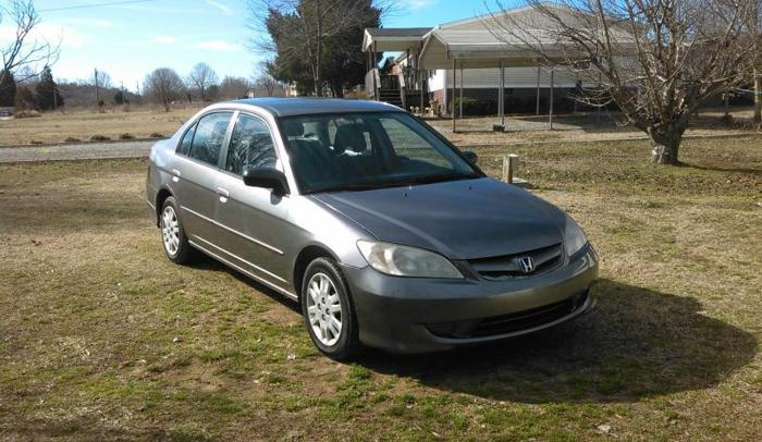 2005 Hond CivicLX....(or trade)