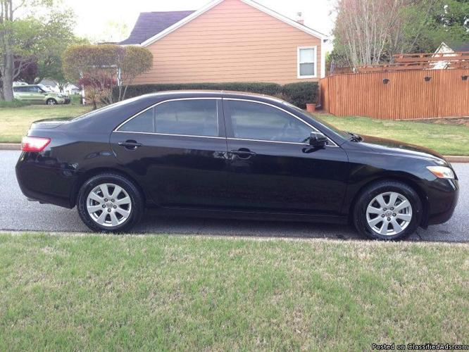2007 Toyota Camry XLE like new