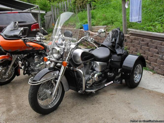 2008 Honda 750 cc 6,938 miles low mileage , Converted to Voyager Kit Saddle Bag Tire Very good conditions low mileage
