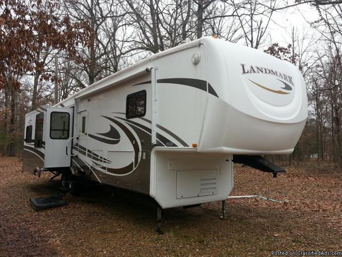 2008 Landmark by Heartland RV