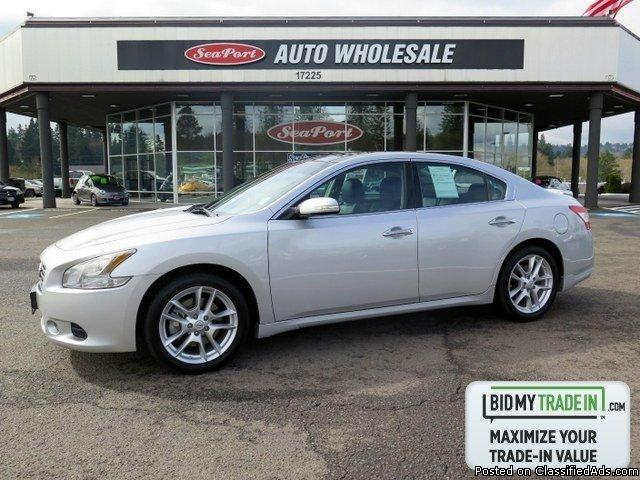 2011 Nissan Maxima SPORT PACKAGE