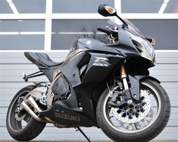 2011 SUZUKI GSXR 1000 K11