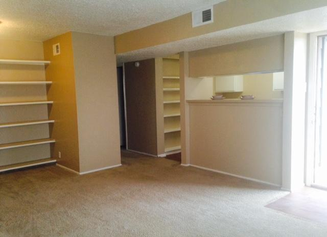 2B/1B ready for IMMEDIATE move in at Windmill Apartments in Slaton!