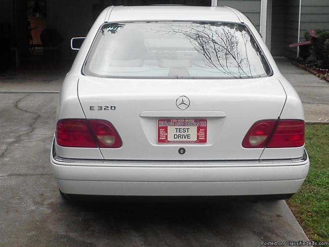 98 Benz E320