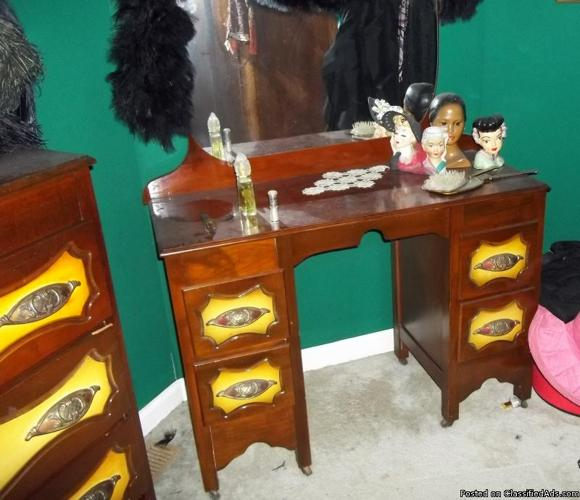 Antique Dressing Table Set - Price: 350.00 OBO