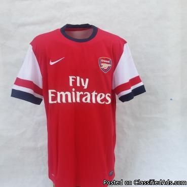 Arsenal home jerseys