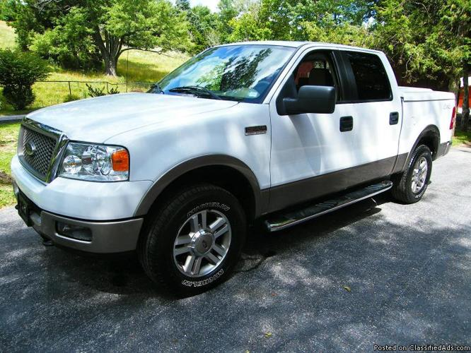 ------ Automatic, IMMACULATE 2005 Ford F-150 Lariat Crew Cab