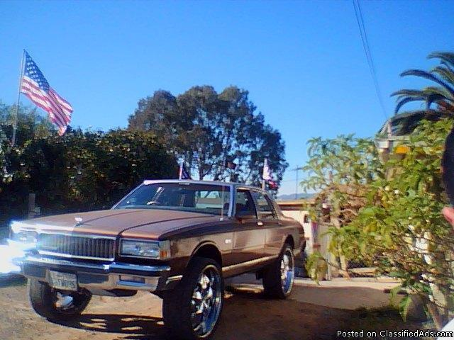 Donk On 26 S For Sale http://nationalcity-ca.cannonads.com/91950/cars/chevy-caprice-donk-sittin-on-26s-price-depends-read-ad_17470803.html