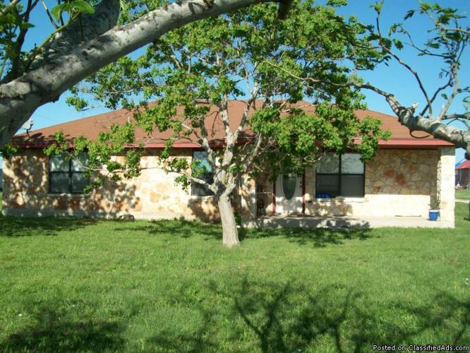 Custom Home 2 Miles off IH 35 - Price: 119,000