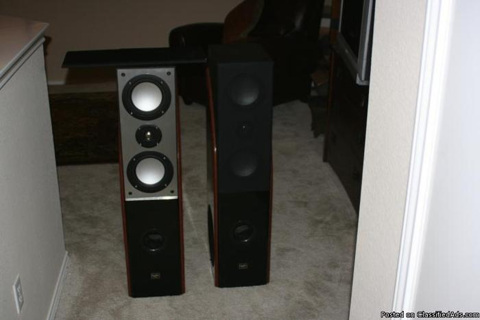 Digital Audio Home Entertainment Speakers (2) - Price: 1,000.00