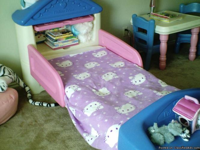 Dollhouse Toddler Bed Amp Mattress A Few Sheets Included