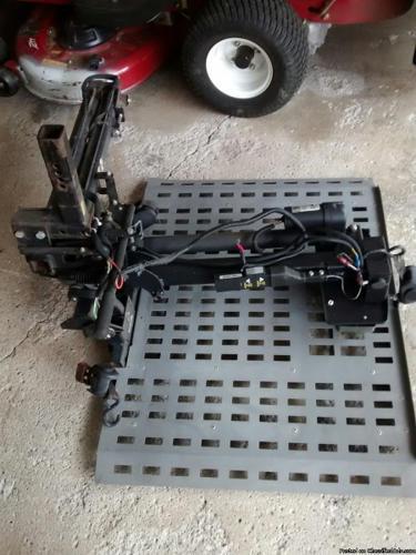 elect. wheel chair lift