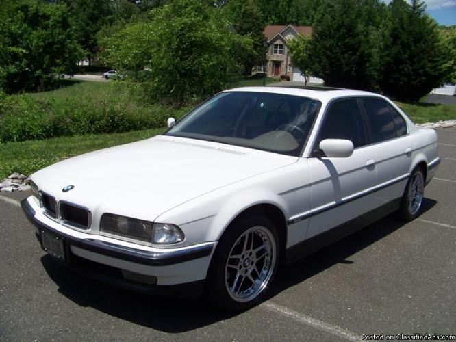 Gorgeous Head Turning 1998 BMW 740i