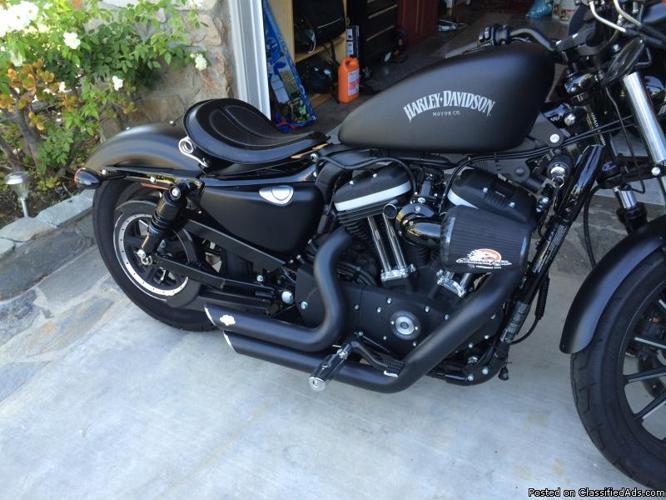 Harley Davidson iron 883 2013