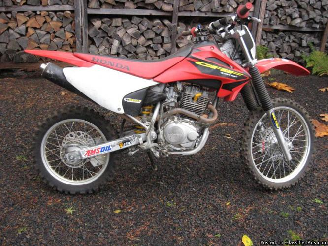Honda CRF150F Dirt Bike   Price: 1,150.00