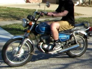 Honda TwinStar CM200T--1981--Blue