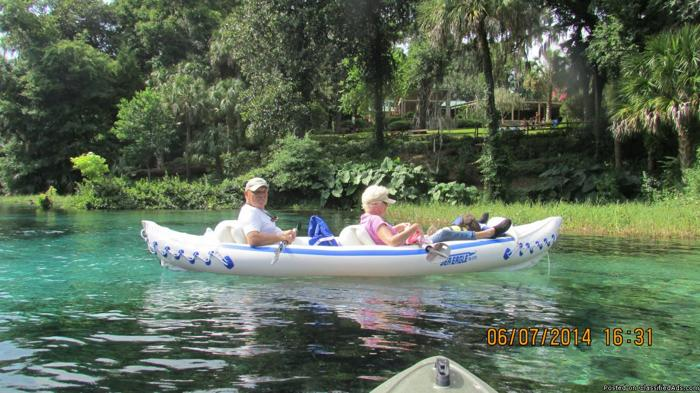 Inflatable Seaeagle kayak 330 like new