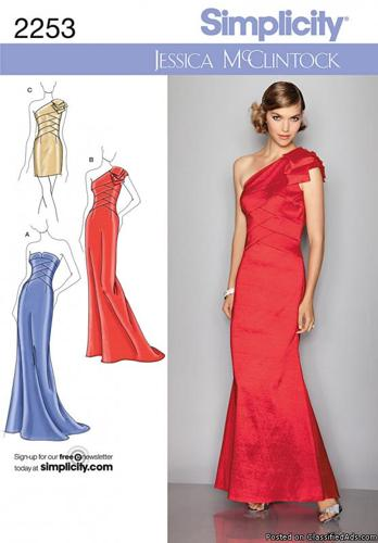 McCall's Sewing Pattern 4377 Misses Size 4-10 Quinceanera Prom