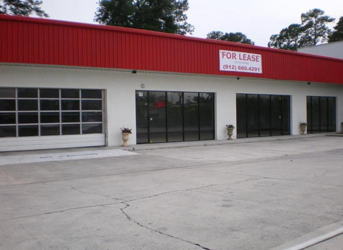 Retail/Commercial Space Now Available Derenne Avenue