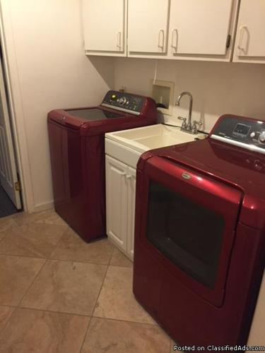Room for rent in Fullerton