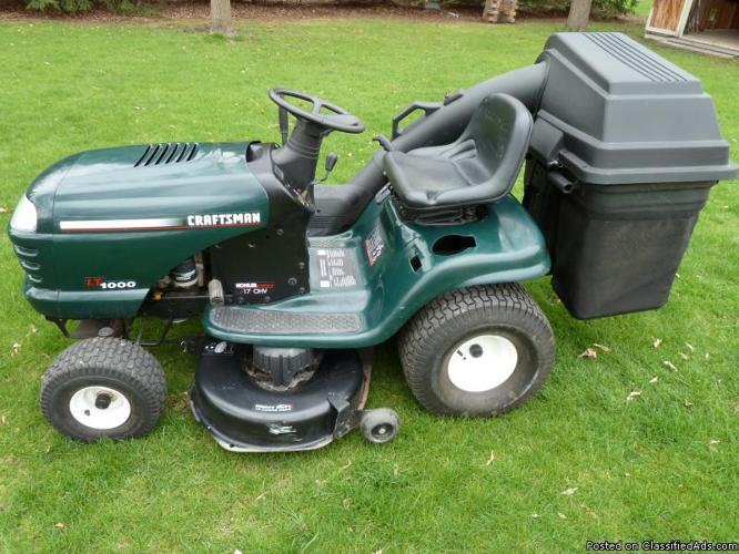Sears Lawn Tractor With Bagger Price 650 00 In