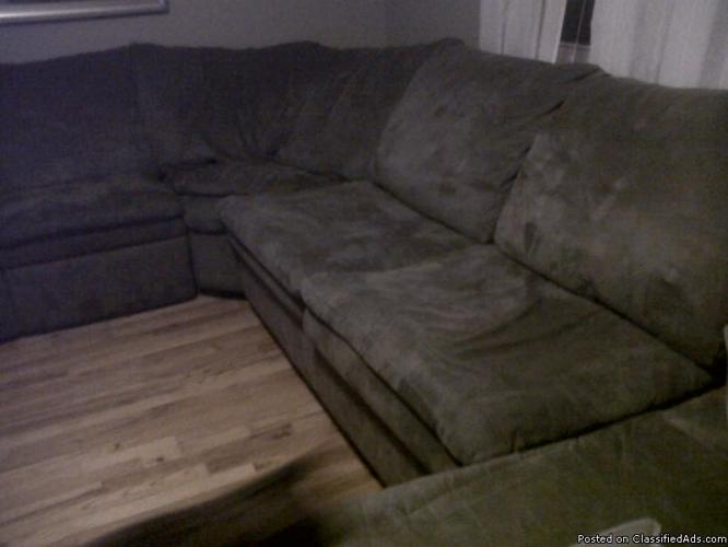 Sectional with sofa bed - Price: 400.00