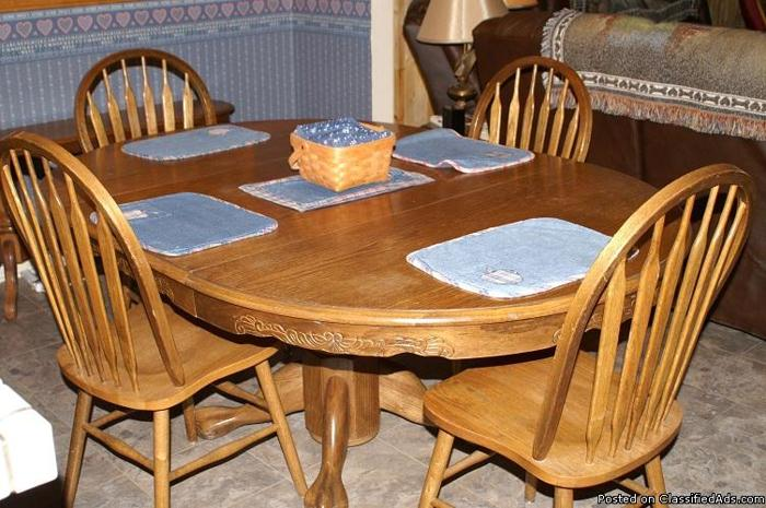 solid oak dining table and 4 chairs price 200 in acton california