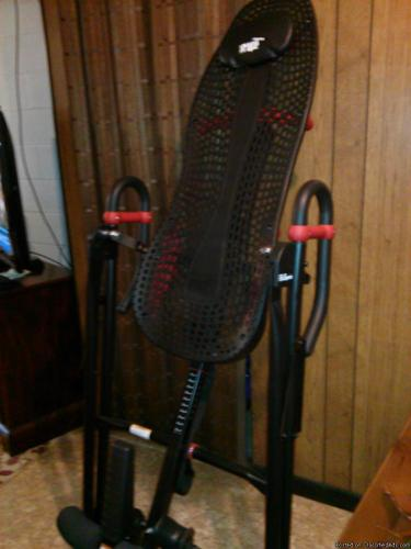 TETTER HANG-UP INVERSION TABLE