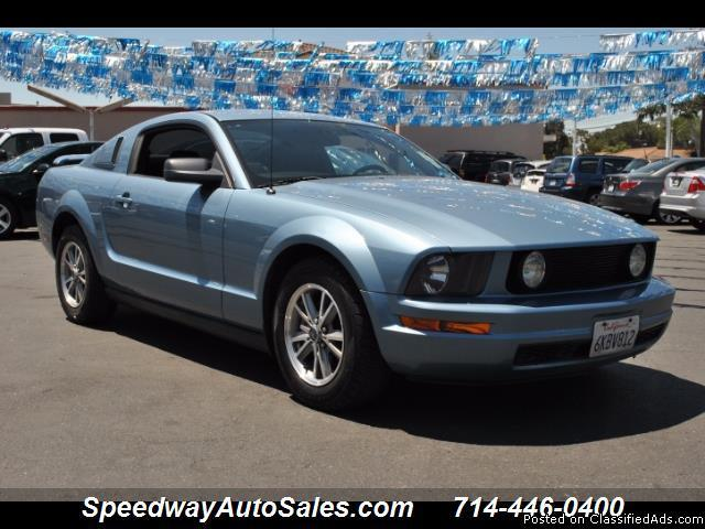 Used cars near me 2005 Ford Mustang Premium, V6, Clean CarFax, Manual, For sale in Fullerton