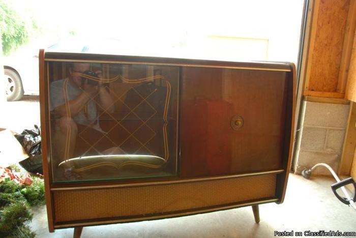 Vintage Blaupunkt Console 53