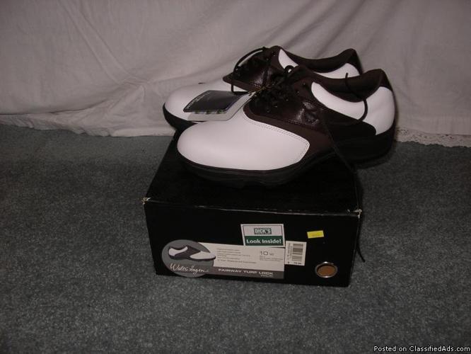 Walter Hagen Men's Golf Shoes - Price: $25.00
